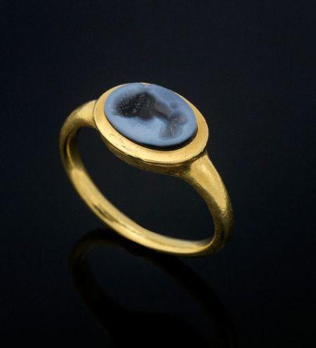roman ring2